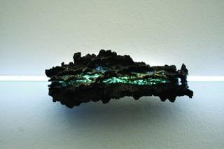Fulgurite, néon 6 x 6 x 150 cm